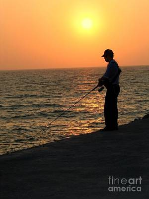 Photograph - Fisherman And Sunset by Yali Shi