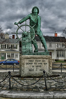 Photograph - Fisherman's Memorial by Mike Martin