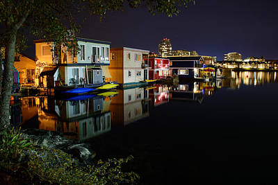 Photograph - Fisherman's Wharf House Boats by Keith Boone