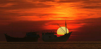 Photograph - Fishing Boats In Sea by Pradeep Raja Prints