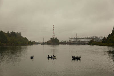Fishing On Foggy Columbia River Art Print