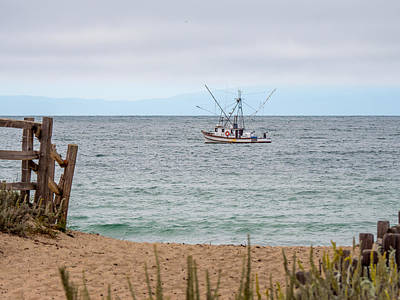 Photograph - Fishing On The Bay by Derek Dean