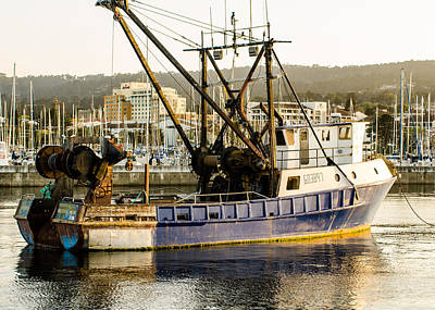 Photograph - Fishing Trawler by Tom Potter