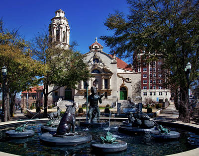 Five Points Fountain Print by Mountain Dreams