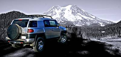 Fj Cruiser Mt. Rainier Washington Art Print