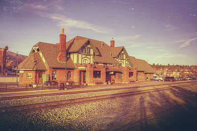 Photograph - Flagstaff Train Station by Ray Devlin