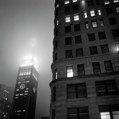Photograph - Flat Iron And Metropolitan Life Tower by Dave Beckerman