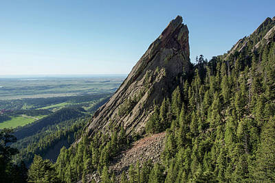 Number 3 Photograph - Flatiron #3 by Aaron Spong