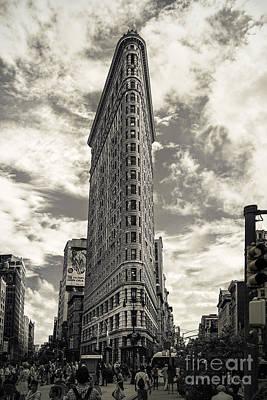 Photograph - Flatiron by Andrew Paranavitana
