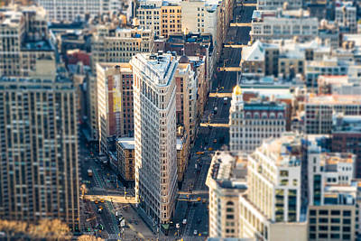 Photograph - Flatiron Building by SR Green