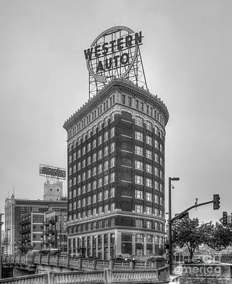 Photograph - Western Auto Lofts Building B W Kansas City Architecture Art by Reid Callaway
