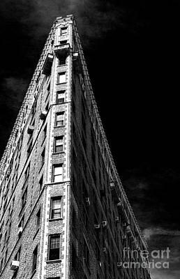 Photograph - Flatiron Drama by John Rizzuto
