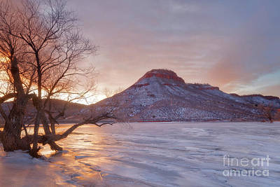 Photograph - Flatiron Reservoir Winter Sunrise by Ronda Kimbrow