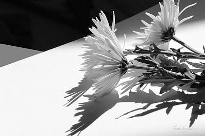 Photograph - Floral No2 by Kume Bryant