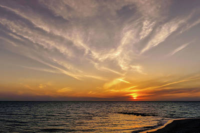 Photograph - Florida Gulf Coast Sunset  -  Flgulfcoastsunset167514 by Frank J Benz