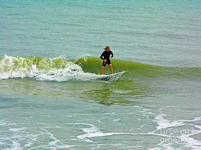 Photograph - Florida Surfer by D Hackett