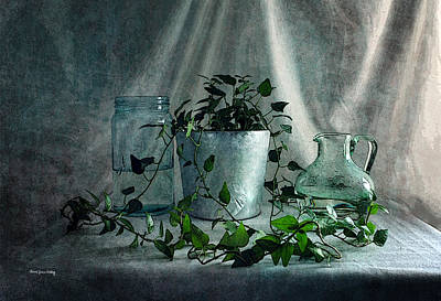 Photograph - Flower Care by Randi Grace Nilsberg