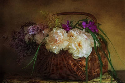 Photograph - Flowers In A Basket by John Rivera