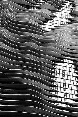 Chicago Building Photograph - Flowing Facade by Andrew Soundarajan