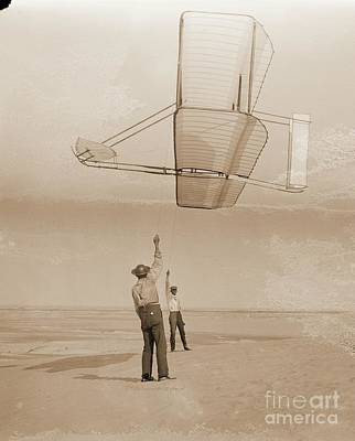Tate Photograph - Flying 1902 Glider As Kite by Padre Art