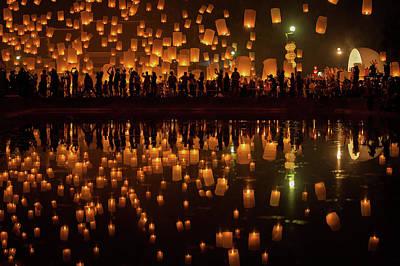 Flying Sky Lantern On Yeepeng Festival Art Print by Anek Suwannaphoom