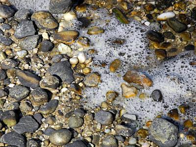 Photograph - Foam And Pebbles In Autumn Light by Lynda Lehmann