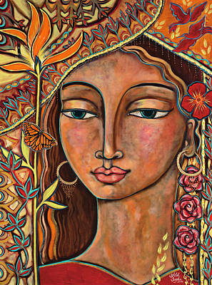 Woman Painting - Focusing On Beauty by Shiloh Sophia McCloud