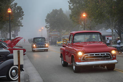 Photograph - Foggy Arrival by Bill Dutting