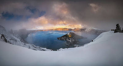 Photograph - Foggy Crater Lake by William Lee