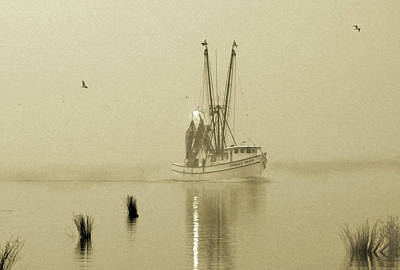 Photograph - Foggy Evening Catch by Deborah Smith