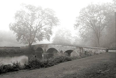 Foggy Morning At Burnside Bridge Art Print