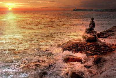Folkestone Harbour Wall Art - Photograph - Folkestone At Sunrise by Dave Godden