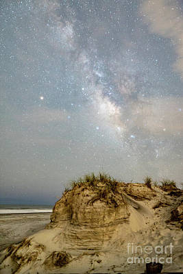Photograph - Folly Badlands Milky Way by Robert Loe