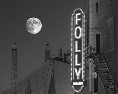 Full Moon Photograph - Folly Theatre Kansas City by Don Spenner