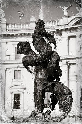Fontain In Rome - Black And White Art Print by Stefano Senise