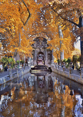 Photograph - Fontaine In Paris by John Rivera