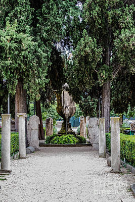 Santa Maria Degli Angeli Photograph - Fontane by Joseph Yarbrough