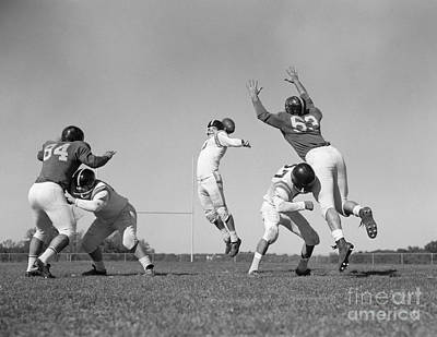 Football Game, C.1960s Art Print by H. Armstrong Roberts/ClassicStock