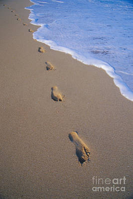 Blueish Photograph - Footprints by Don King - Printscapes
