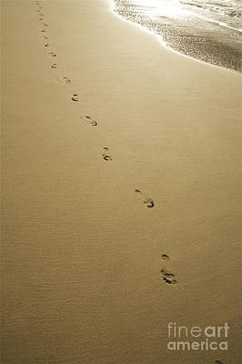 Kicka Witte Photograph - Footprints In The Sand by Kicka Witte - Printscapes