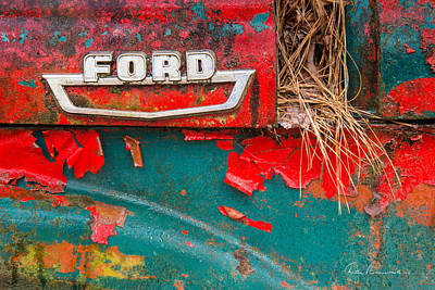 Photograph - Ford 2070 by Dan Beauvais