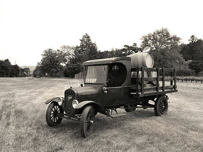Wine Barrel Photograph - Ford Delivery Truck by Gordon Beck