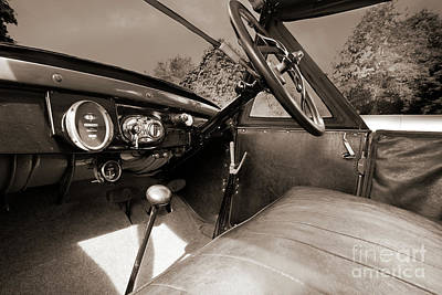Photograph - Ford Model T Sports Tourer 1926 by Terri Waters