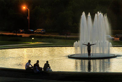 Photograph - Forest Park Fountain by Garry McMichael