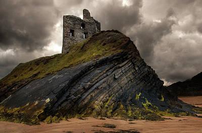 Photograph - Forgotten Castle In Ballybunion by Jaroslaw Blaminsky