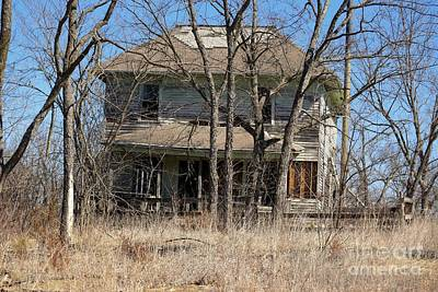 Photograph - Forgotten House by Mark McReynolds
