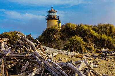 Coquille River Lighthouse Photograph - Forgotten Lighthouse by Garry Gay