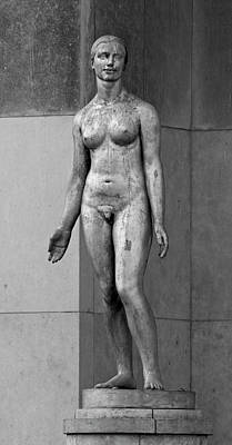 Photograph - Formed Female by Eric Tressler