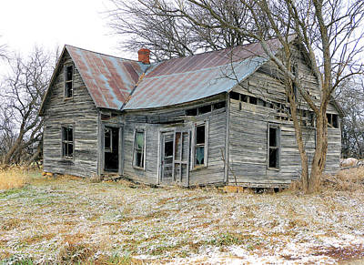 Photograph - Forsaken Home by Christopher McKenzie