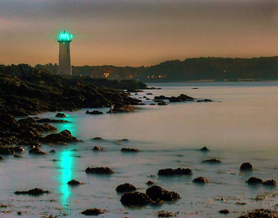 Photograph - Fort Constitution Light 7356 by Jeff Stallard